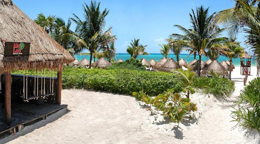 Hotel Catalonia: Ma-Loo Bar sulla spiaggia