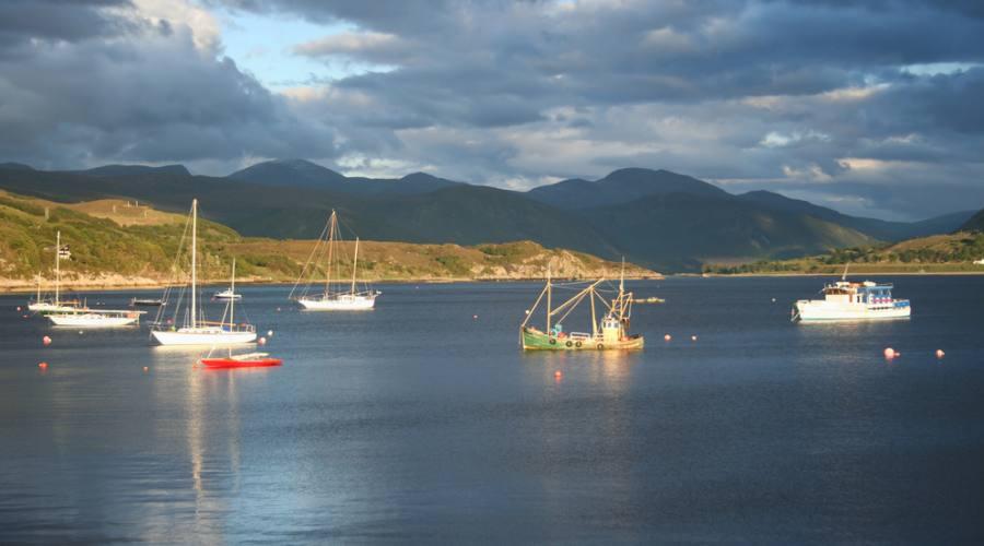 Barche nel porto di Ullapool