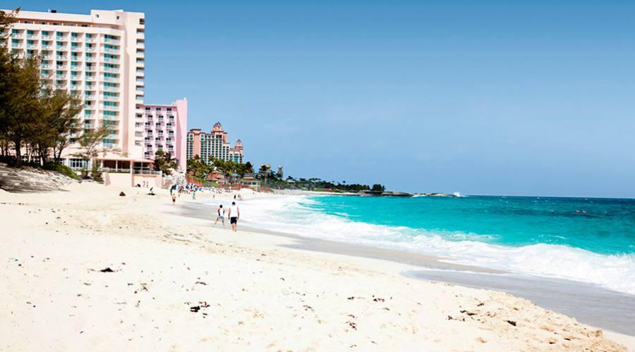 La spiaggia bianchissima di Paradise Island