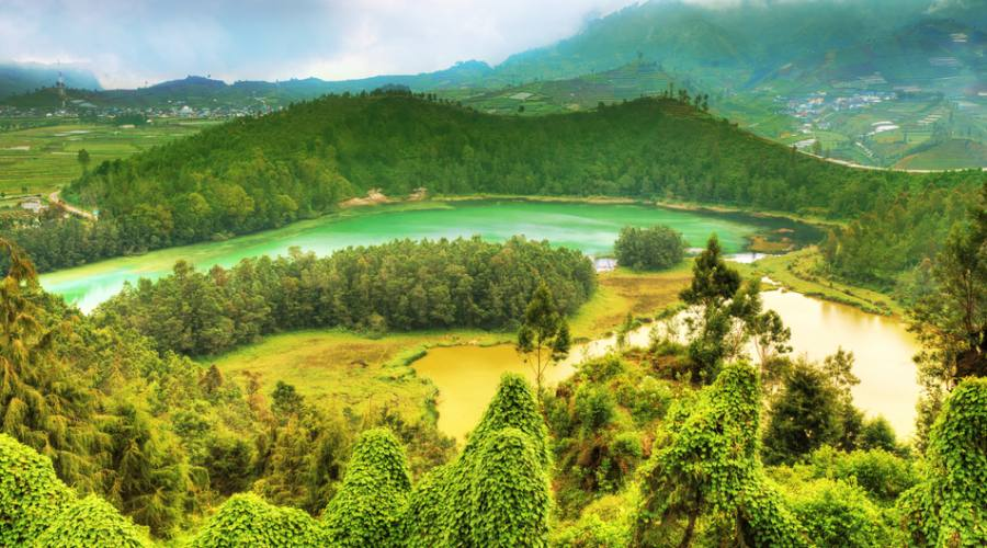 Dieng Plateau - Color Lake