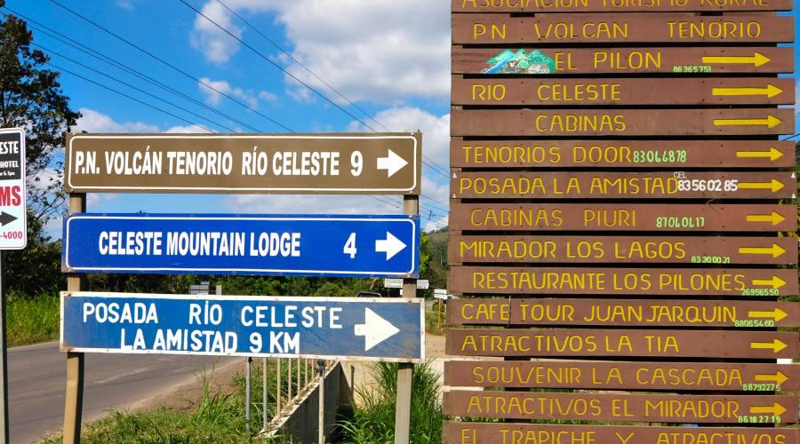 Indicazioni stradali per il Vulcano Tenorio  & Rio Celeste