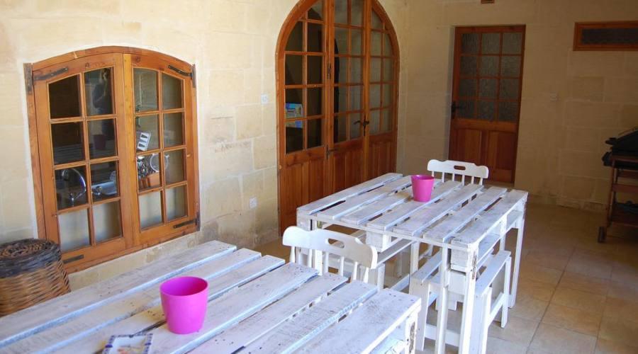 Veranda esterna per la colazione