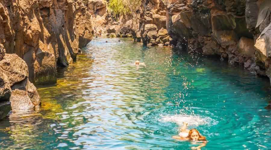 Una bella nuotata a Las Grietas, Santa Cruz