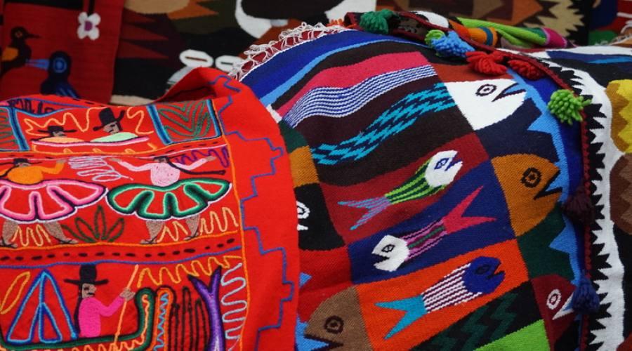 Stoffe al mercato di Otavalo