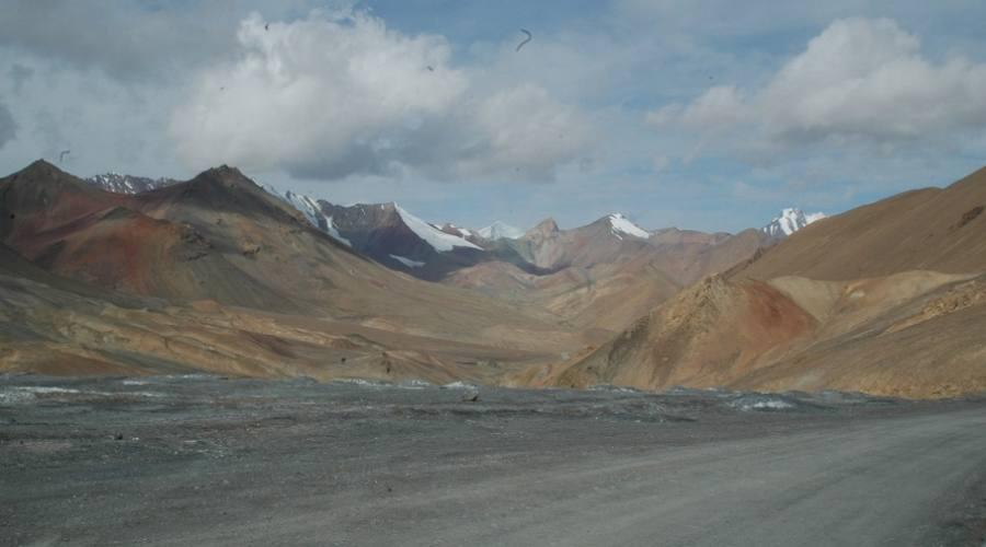 salendo sul Pamir