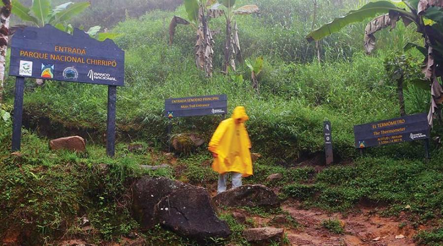Anche con la pioggia si cammina!