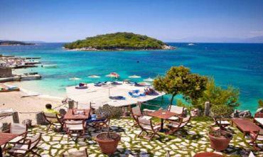Nel punto più panoramico della costa Albanese