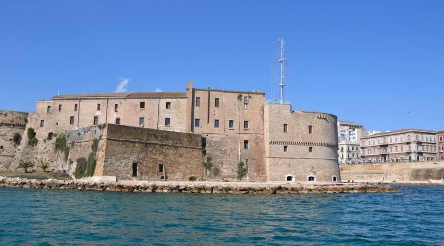 Castello Angioino, Taranto