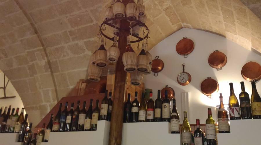 Un po' di Vino locale