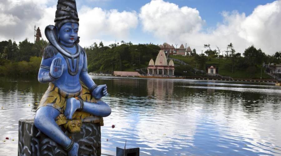 Divinité hindoue au lac de Grand Bassin