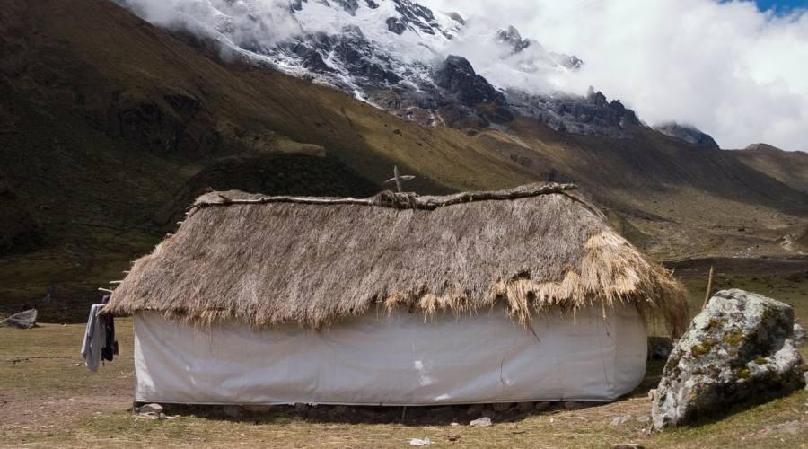 Capanna lungo il trekking Salcanatay