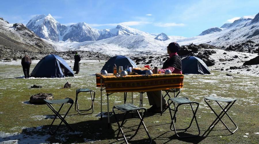 Campo durante il trek