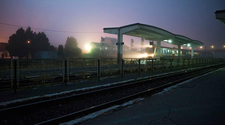 Alba alla stazione di Bucarest