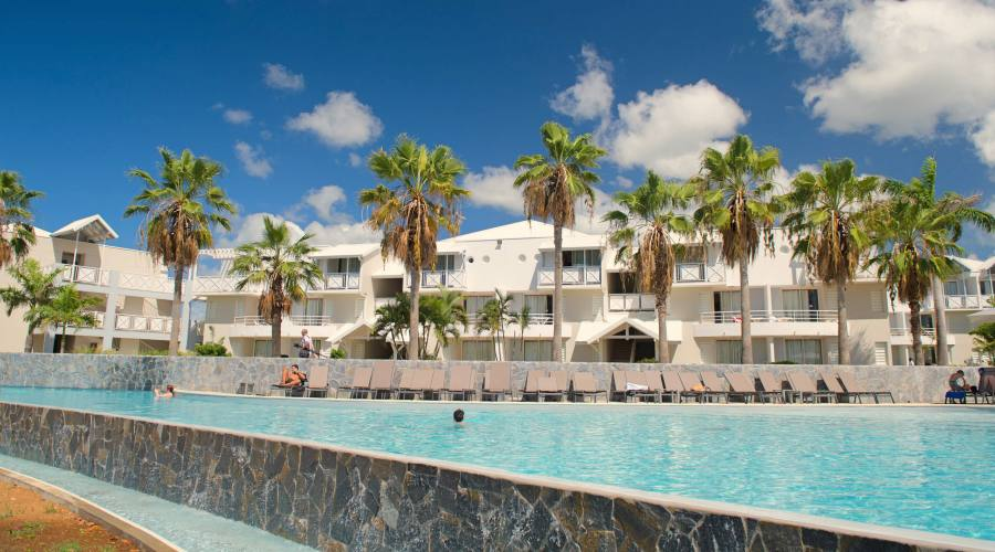 La piscina della zona Amandiers