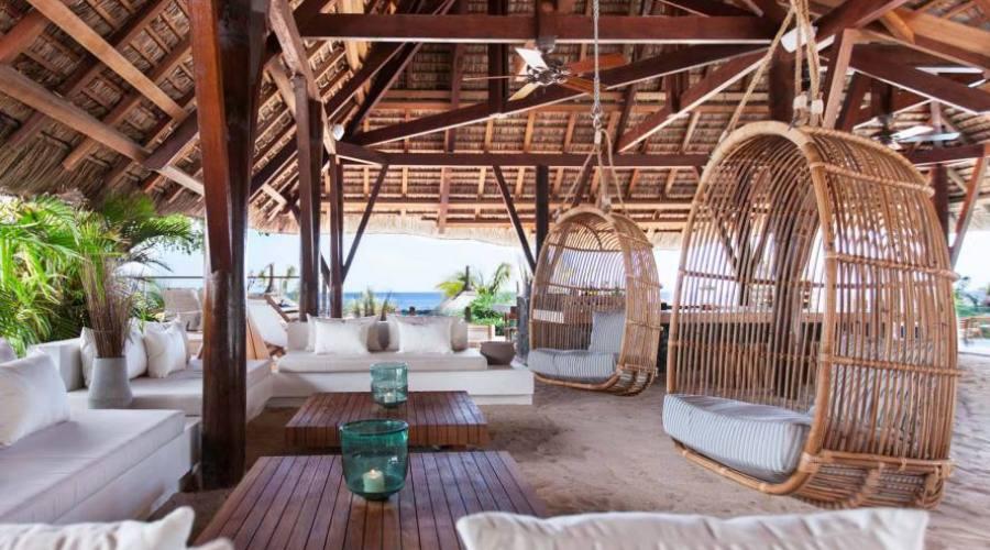 Al Veranda vi aspetta un soggiorno a piedi nudi