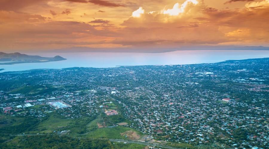 Tramonto a Managua