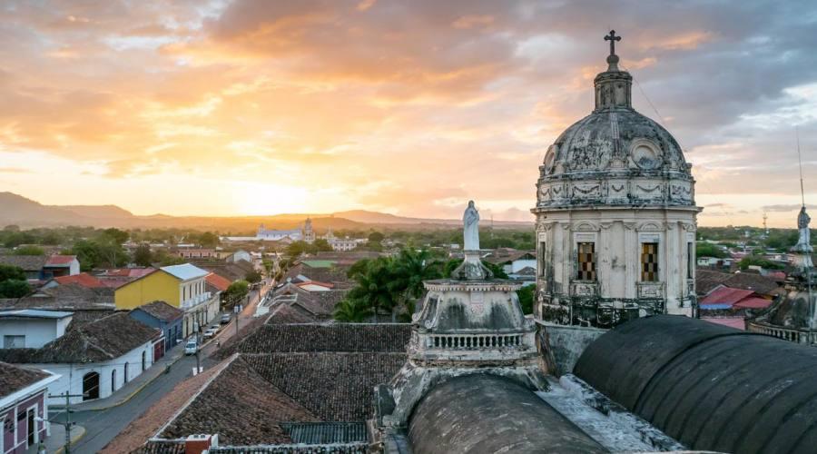 Granada al tramonto