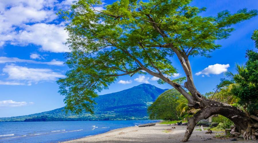 Spiaggia a Ometepe