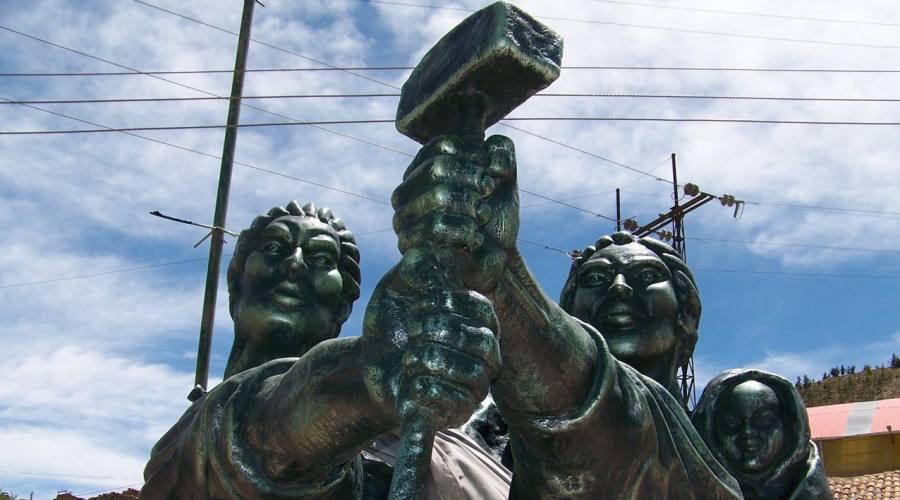 Potosí, monumento ai minatori