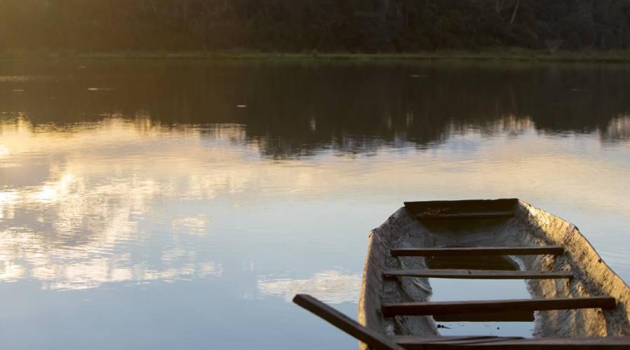 L'alba sul fiume Beni