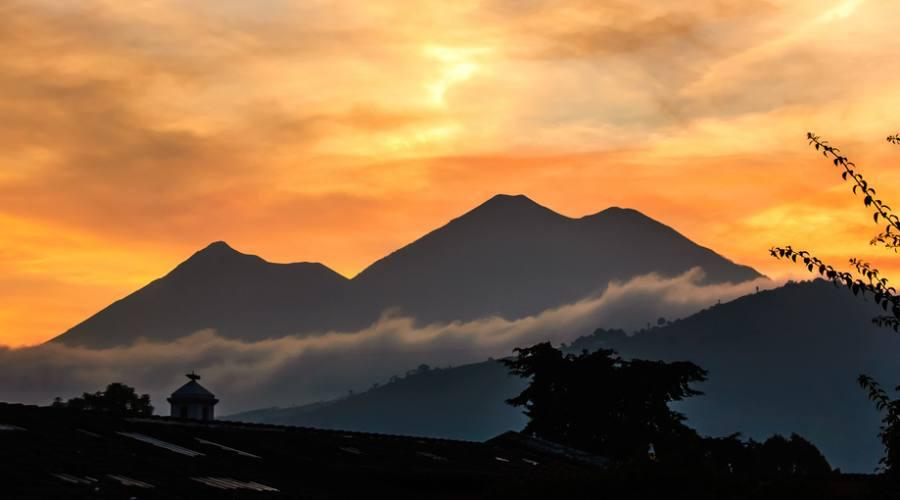 I vulcani Fuego e Acatenango