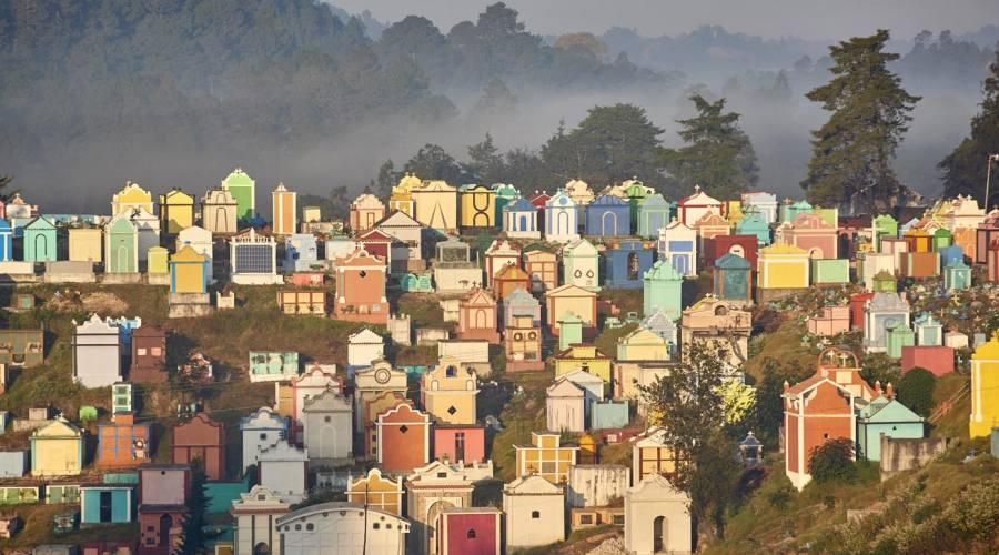 Chichicastenango, il colorato cimtero