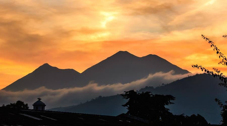 I vulcani Fuego e Acatenango, Antigua