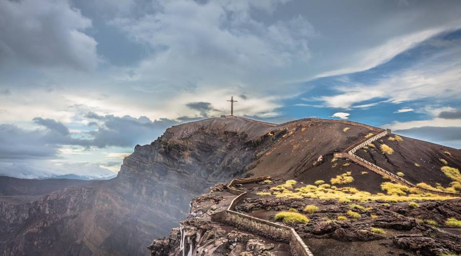 In cima al vulcano Masaya