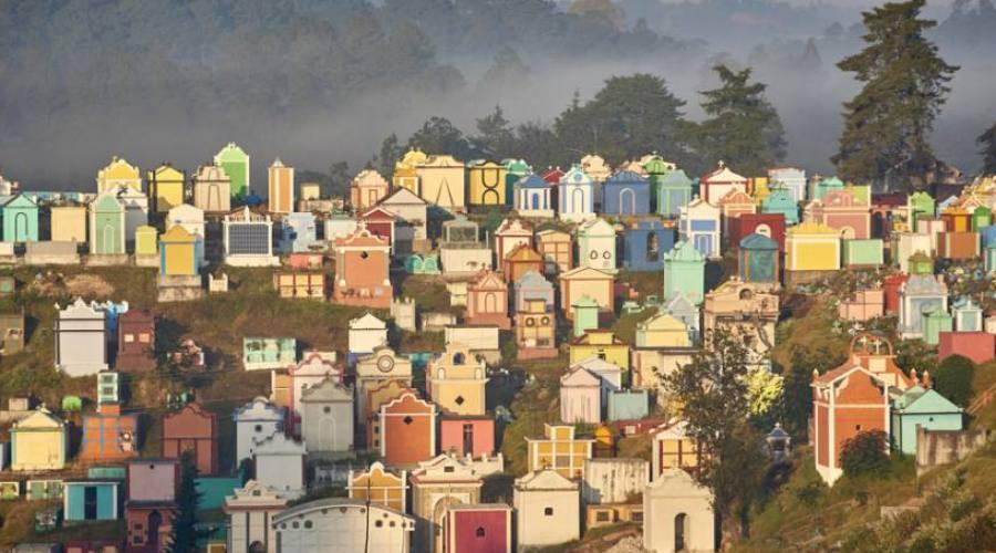 Chichicastenango (Guatemala)  - il cimitero