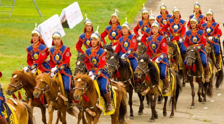 cerimonia iniziale del Naadam