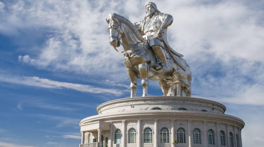 Statua a Genghis Khan