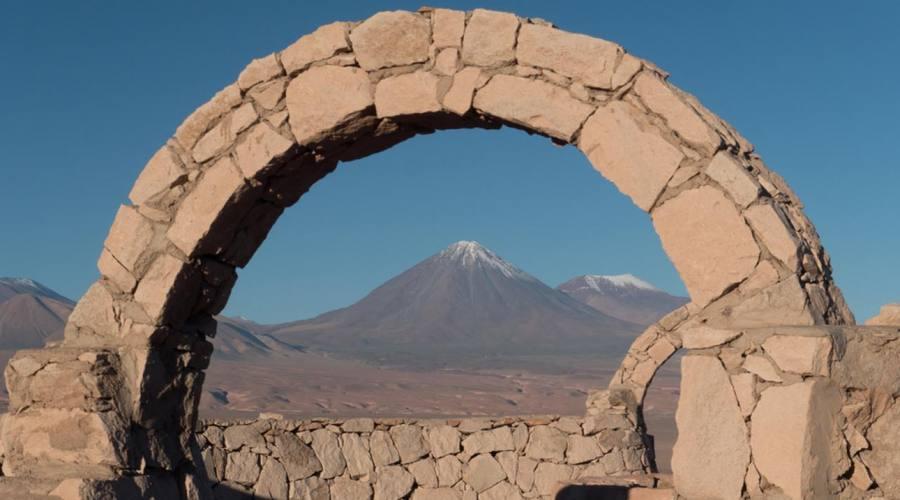 Il vulcano Licacanbur