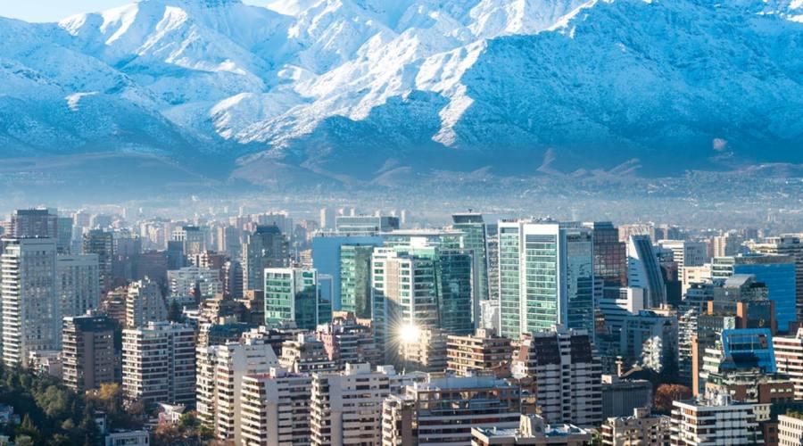 Santiago, natura e grattacieli