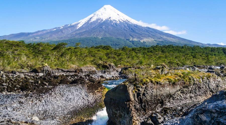 Cascae Petrohue e vulcano Osorne