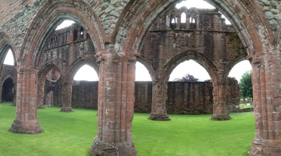 Dumfries -Sweet abbey