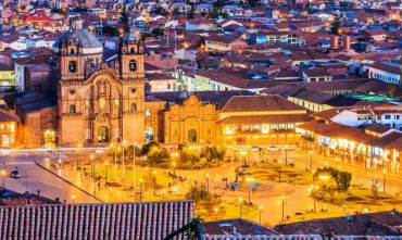 Tour di gruppo con guida in italiano: Lima, Nasca, Arequipa, Titicaca e Machu Picchu