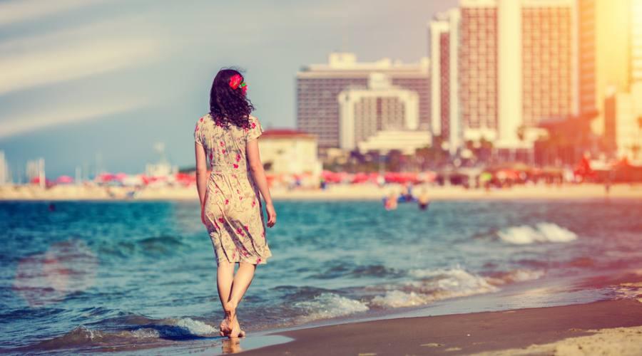 Tramonto sulla Spiaggia a Tel Aviv