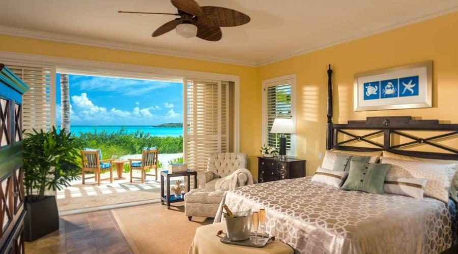 Prime Minister Honeymoon One Bedroom Beachfront Walkout Butler Villa Suite
