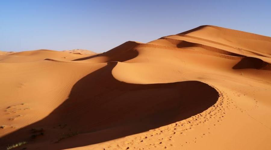 Les grandes dunes de Merzouga