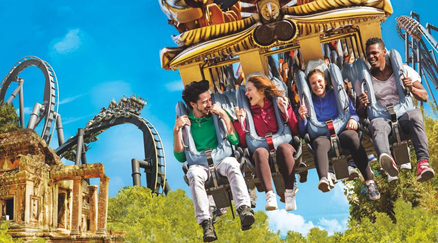 Katun - L'inverted coaster n°1 in Europa