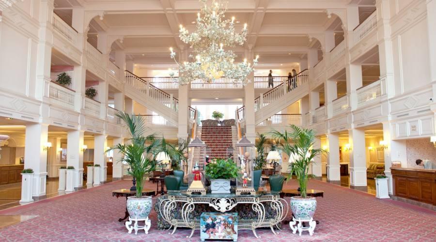 Disneyland Hotel - La lobby