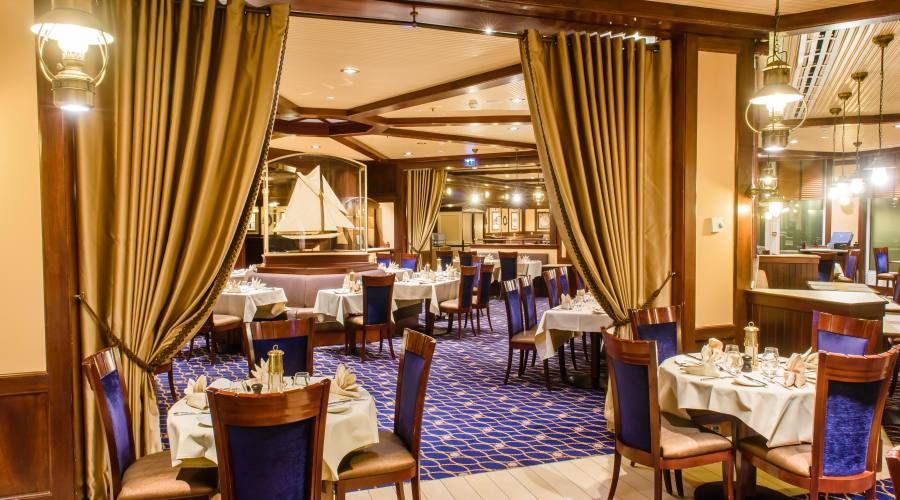 Disney's Newport Bay Club - Ristorante