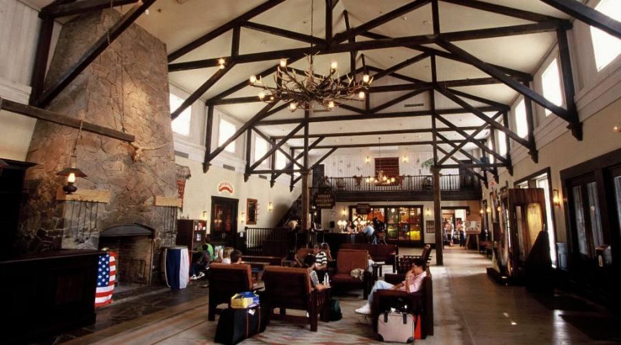 Disney's Hotel Cheyenne - Hall