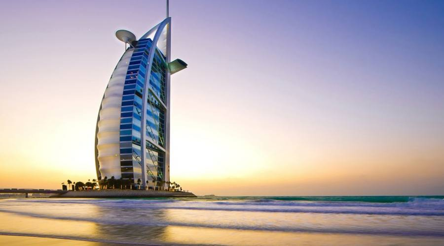 """Dubai - Il Burj Al Arab, la famosa """"vela"""""""