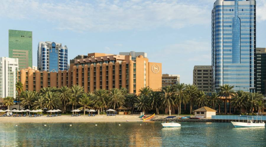 Sheraton Abu Dhabi - L'esterno