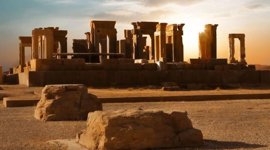 Alba a Persepolis, capitale dell'antico regno achemenide