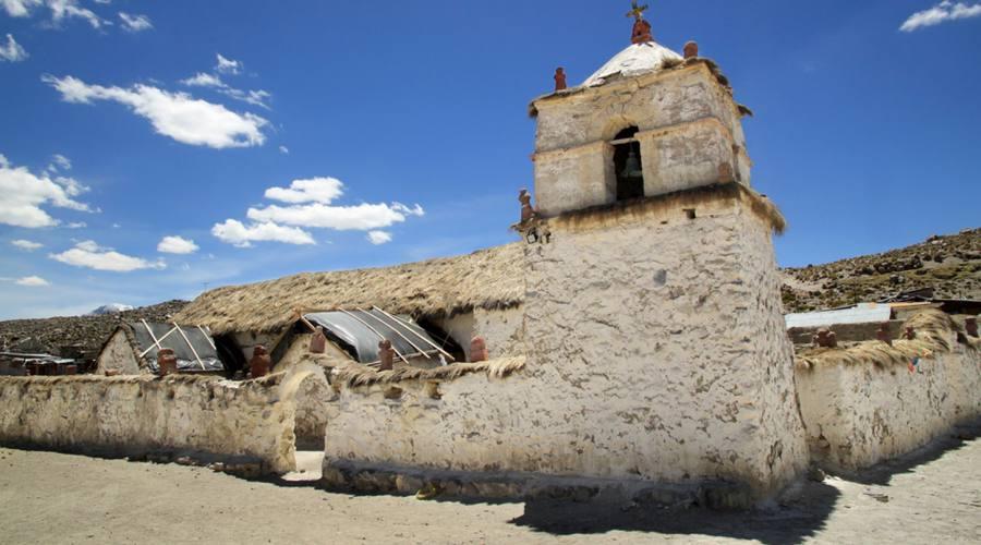 Chiesa a Parinacota