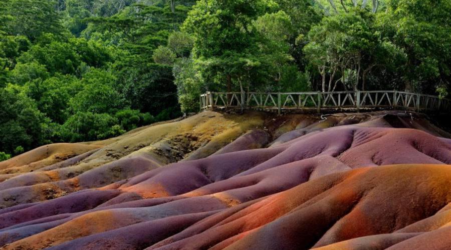 Mauritius: le terre colorate di Chamarel