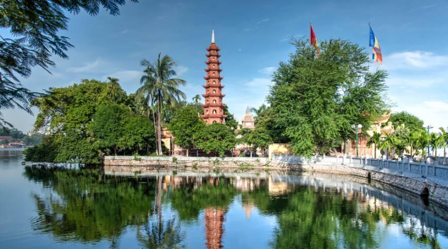 antico tempio buddista ad Hanoi