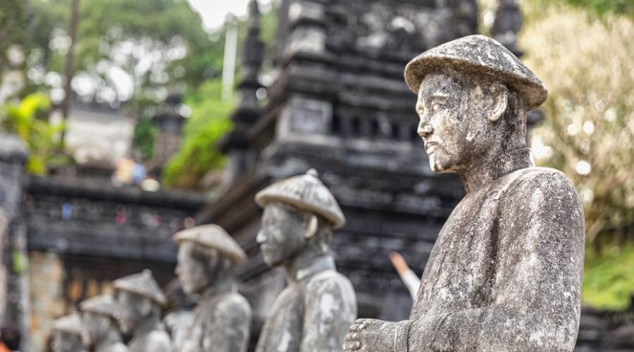 tomba imperatore Khai Dinh a Hue